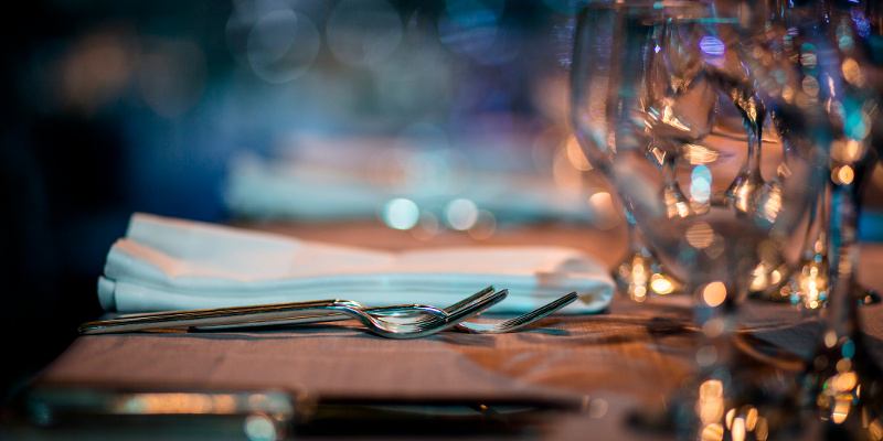 Ambiance at the Flick of a Switch: What Restaurant Lighting Says About Your Business