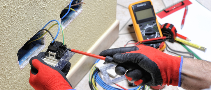 choosing the right residential electrician